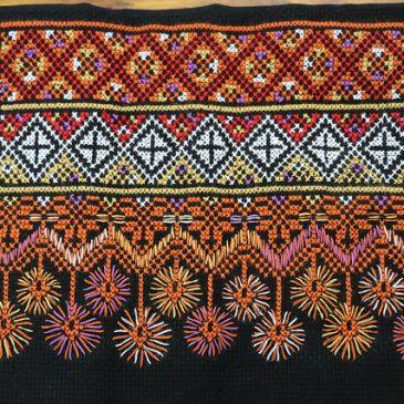 我「刺」故我在,讓刺繡成為部落新全民運動!──風災帶走小林村至親,但人還活著就不能讓文化斷根