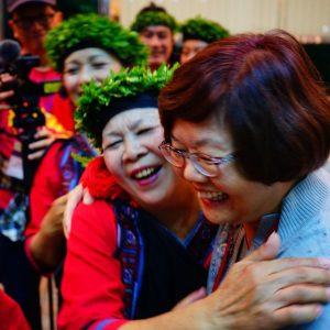 王世芳副秘書長感謝大滿舞團熱情演出